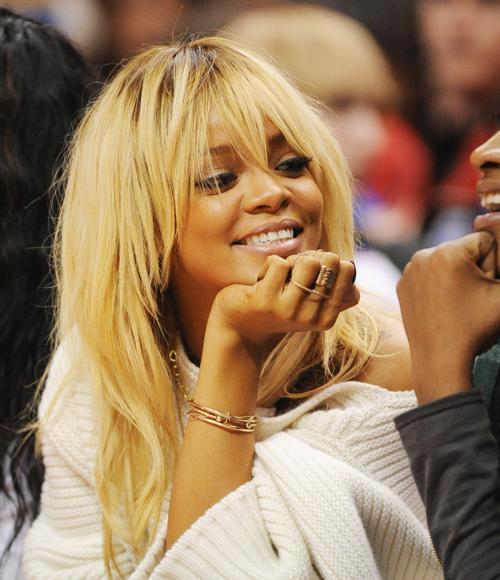 Rihanna With Blonde Hair 7